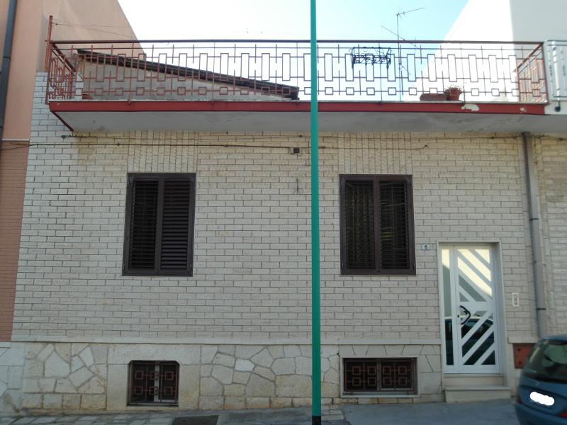 00003 Lim-mobiliare-esterno