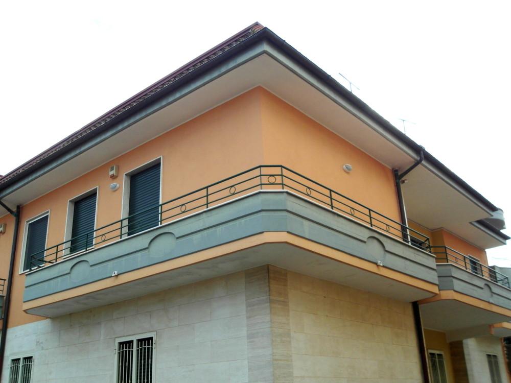 00005 Lim-mobiliare-esterno