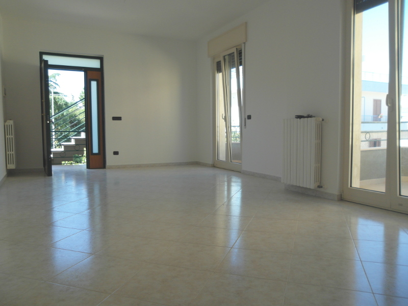 00005-lim-mobiliare-soggiorno