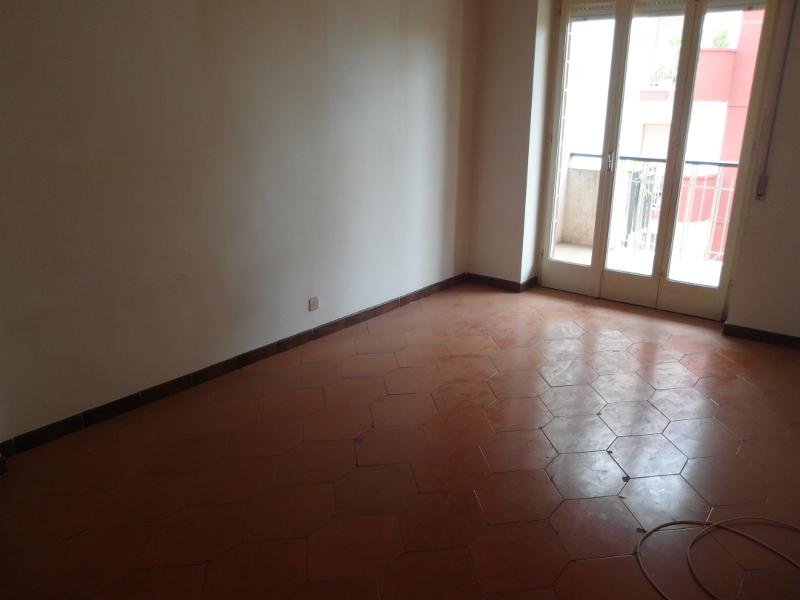 00032 Lim-mobiliare-cameretta