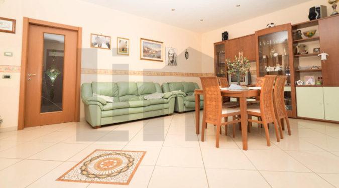 00037-lim-mobiliare-soggiorno