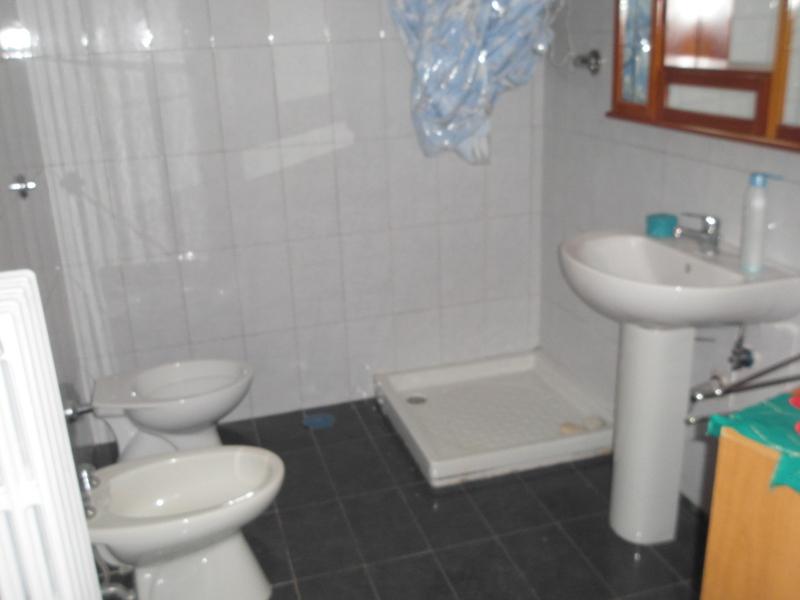 00071 Lim-mobiliare-bagno2