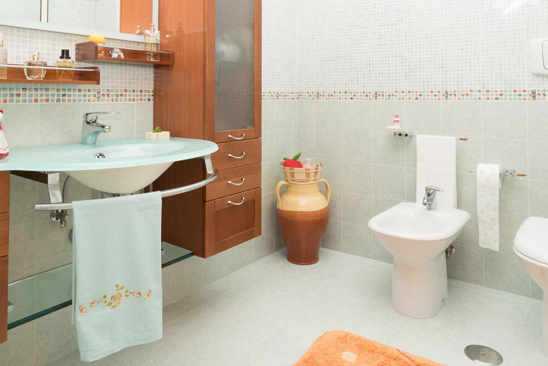00106 Lim-mobiliare-bagno3