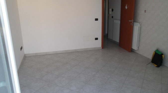 00136 Lim-mobiliare-soggiorno-pranzo