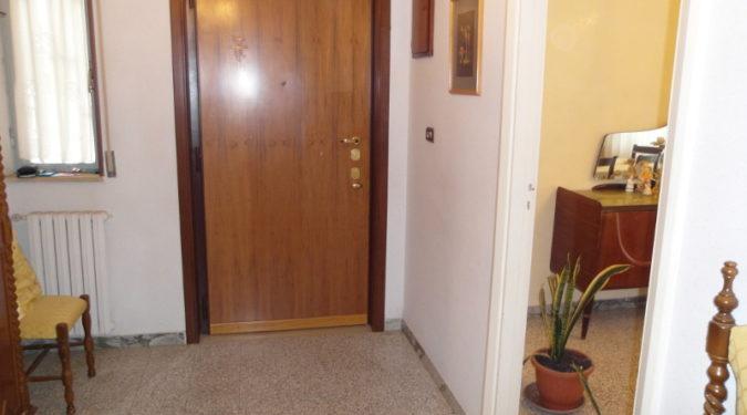 00156 Lim-mobiiare-ingresso