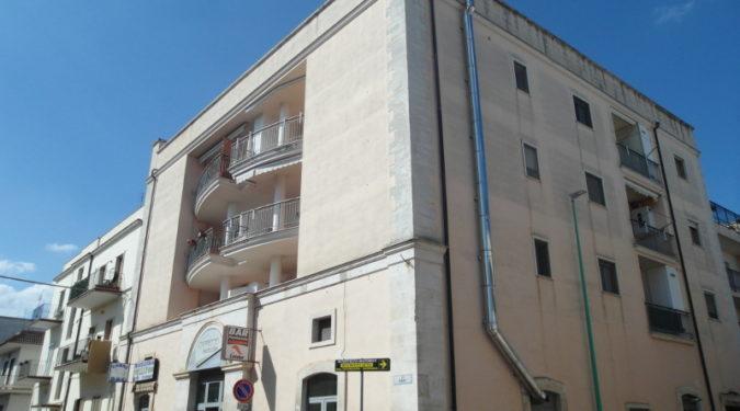 00164-lim-mobiliare-esterno