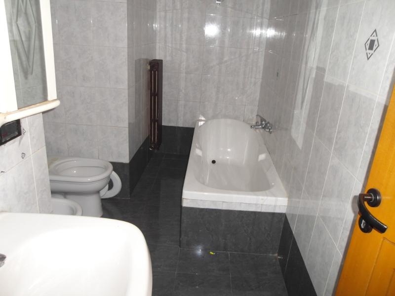 0167-lim-mobiliare-bagno