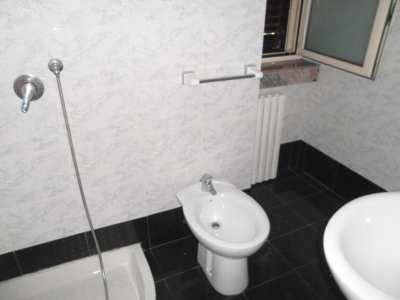 0167-lim-mobiliare-bagno2