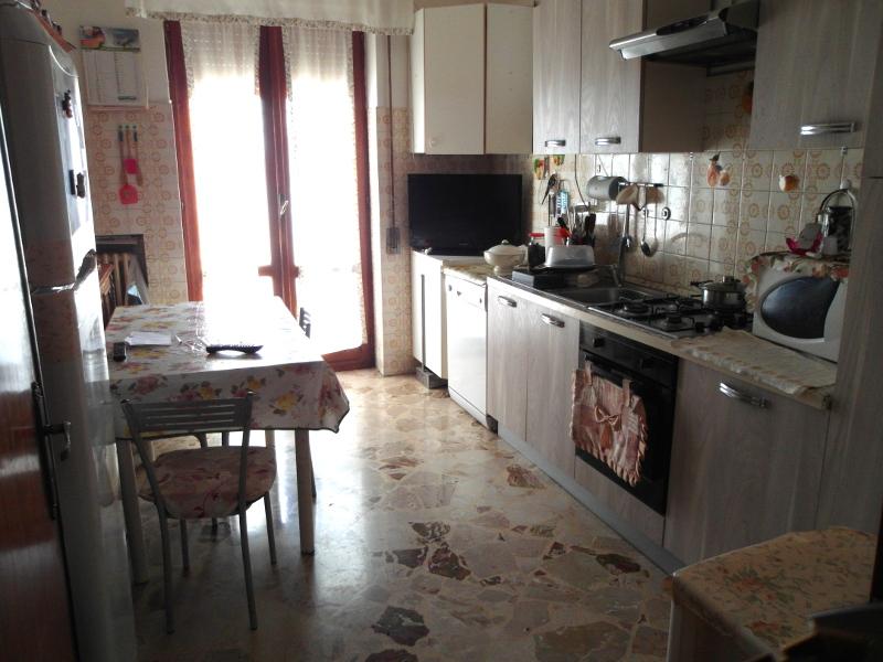 00200-lim-mobiliare-cucina