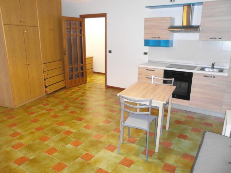 00113-lim-mobiliare-vano1