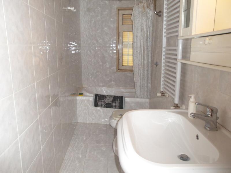 000218-lim-mobiliare-bagno