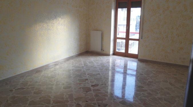 000233-lim-mobiliare-salone