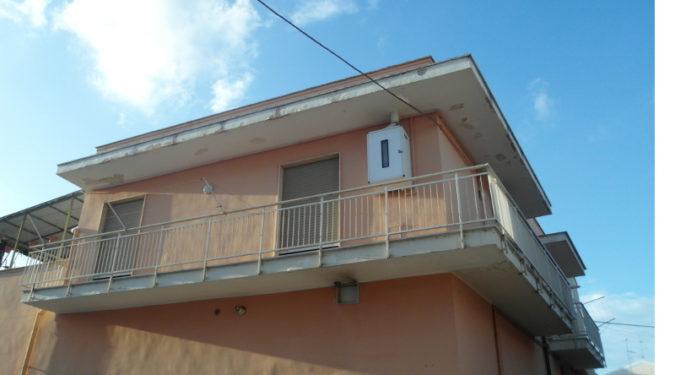 000244-lim-mobiliare-esterno
