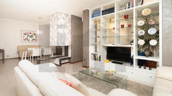 000258-lim-mobiliare-salone1
