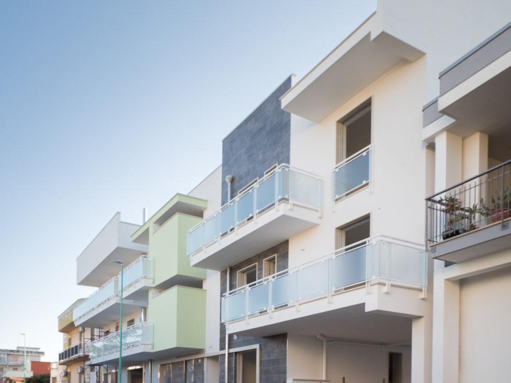 00168-lim-mobiliare-esterno
