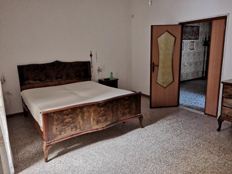 000281 Lim-mobiliare-camera da letto