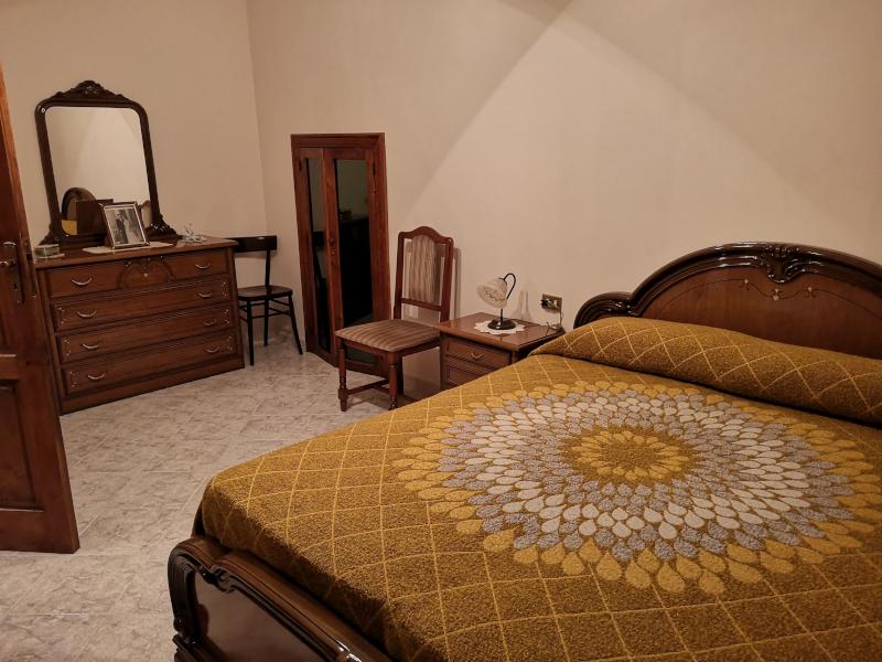 000288 Lim-mobiliare-camera da letto1