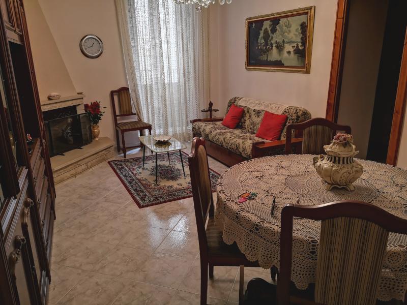 000288 Lim-mobiliare-soggiorno1