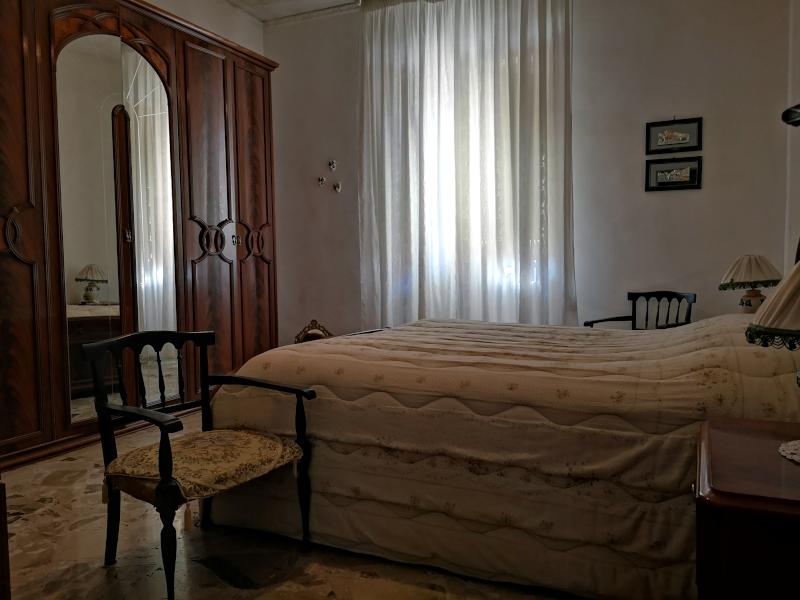 000315 Lim-mobiliare-camera da letto matrimoniale