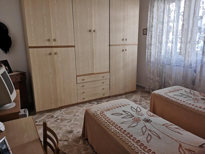 000315 Lim-mobiliare-camera da letto2