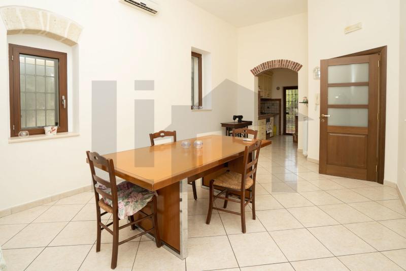 000332 Lim-mobiliare- soggiorno
