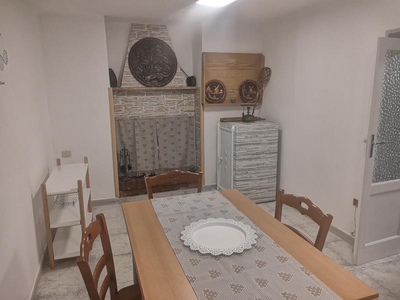 000335 Lim-mobiliare-cucina
