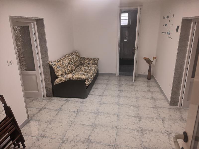 000335 Lim-mobiliare-soggiorno