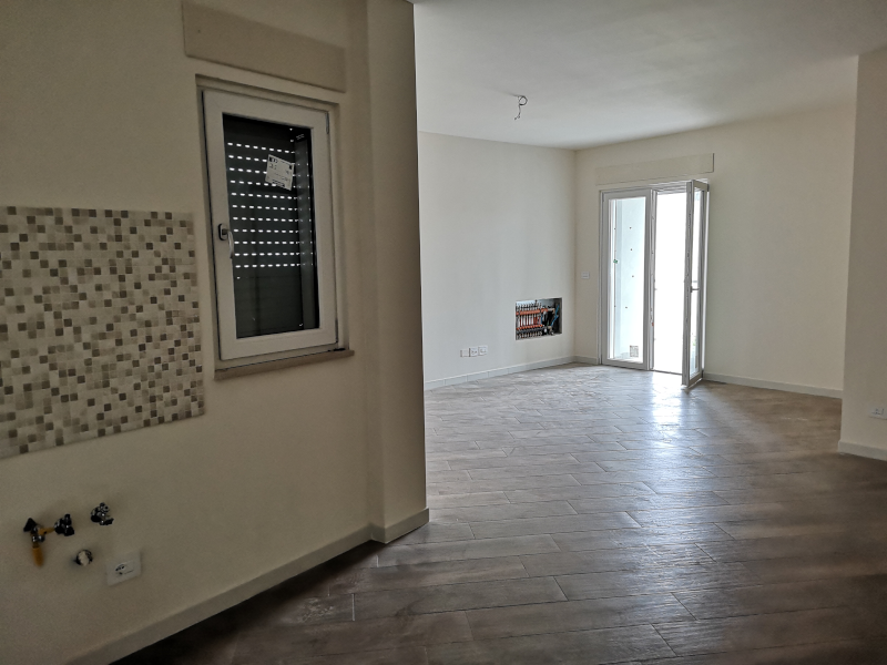 000340 Lim-mobiliare-soggiorno2