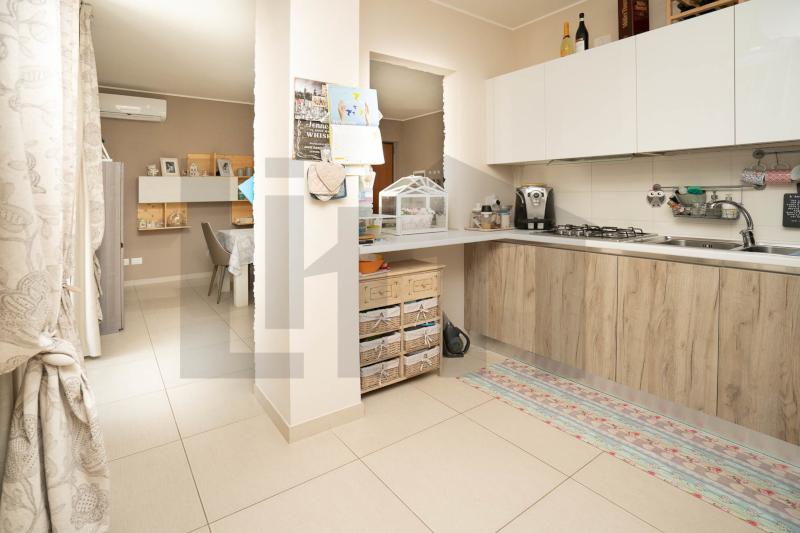 000344 Lim-mobiliare-angolo cottura