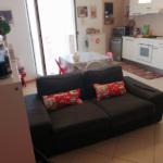 000350 Lim-mobiliare-soggiorno1