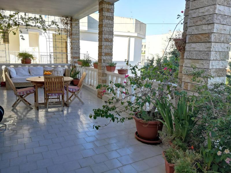 000358 Lim-mobiliare-balcone terrazzato