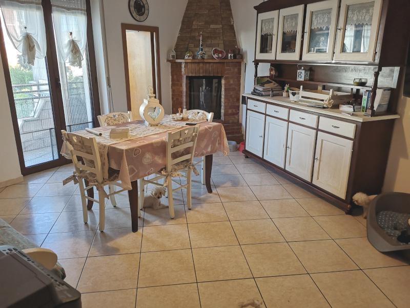 000358 Lim-mobiliare-cucina