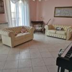 000358 Lim-mobiliare-salone1
