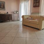 000358 Lim-mobiliare-salone2