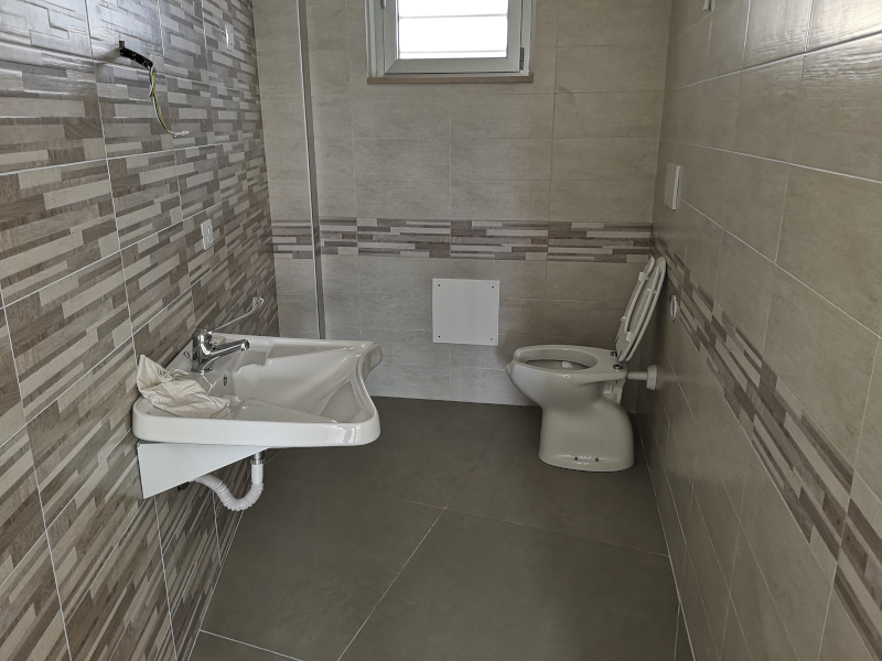0000365 Lim-mobiliare-bagno