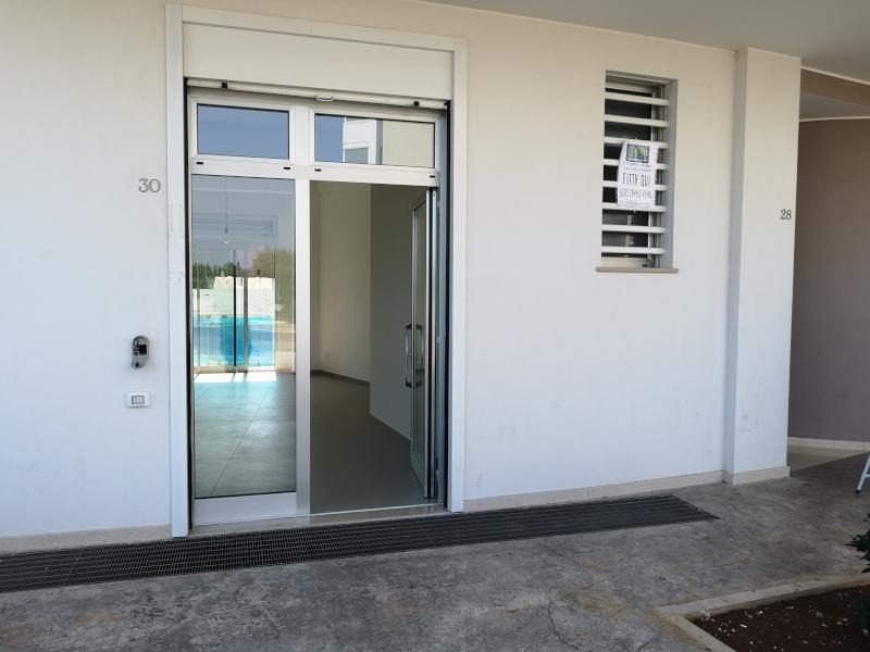 0000365 Lim-mobiliare-esterno