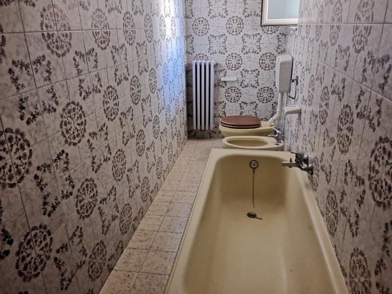 0000368 Lim-mobiliare-bagno