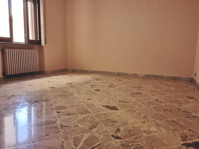 0000368 Lim-mobiliare-camera da letto matrimoniale
