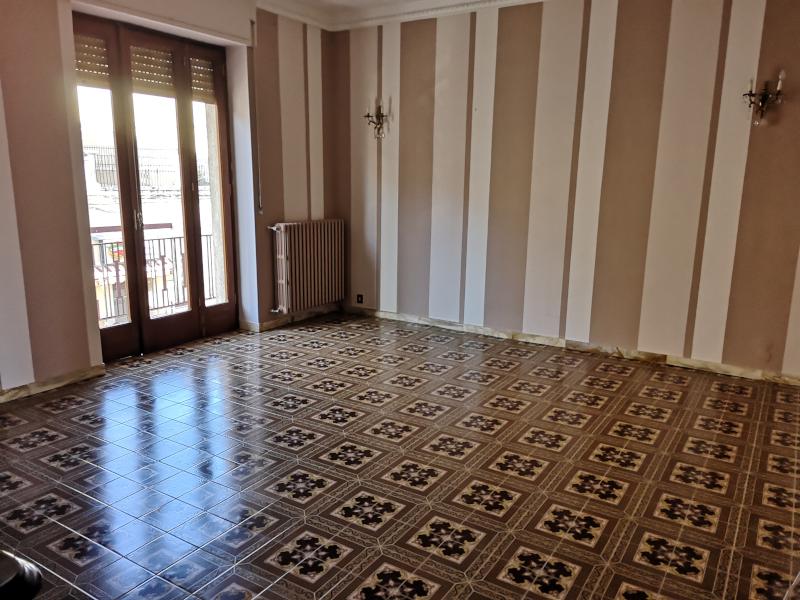 0000368 Lim-mobiliare-salone