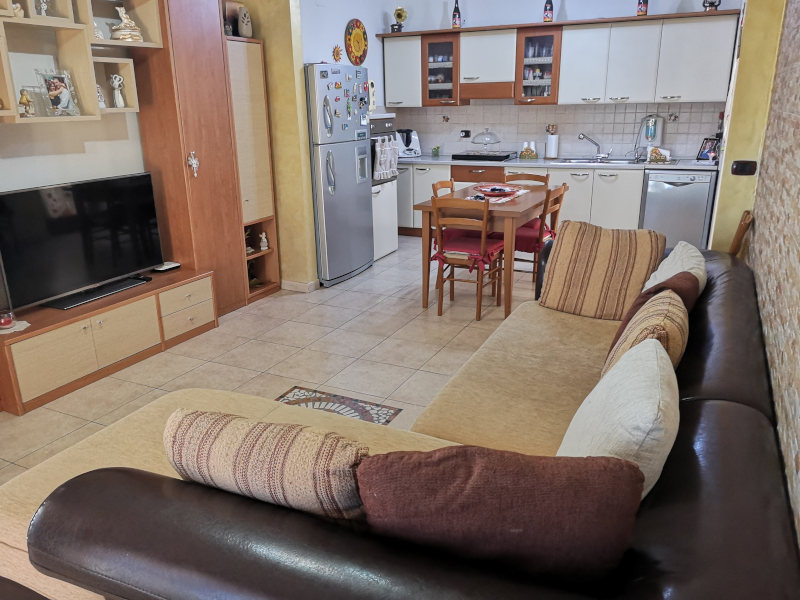 0000370 Lim-mobiliare-cucina2