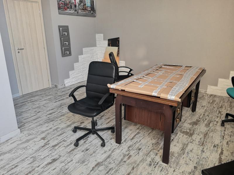 0000372 Lim-mobiliare-sala riunioni