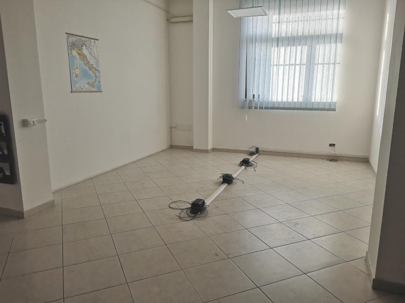 0000372 Lim-mobiliare-vano
