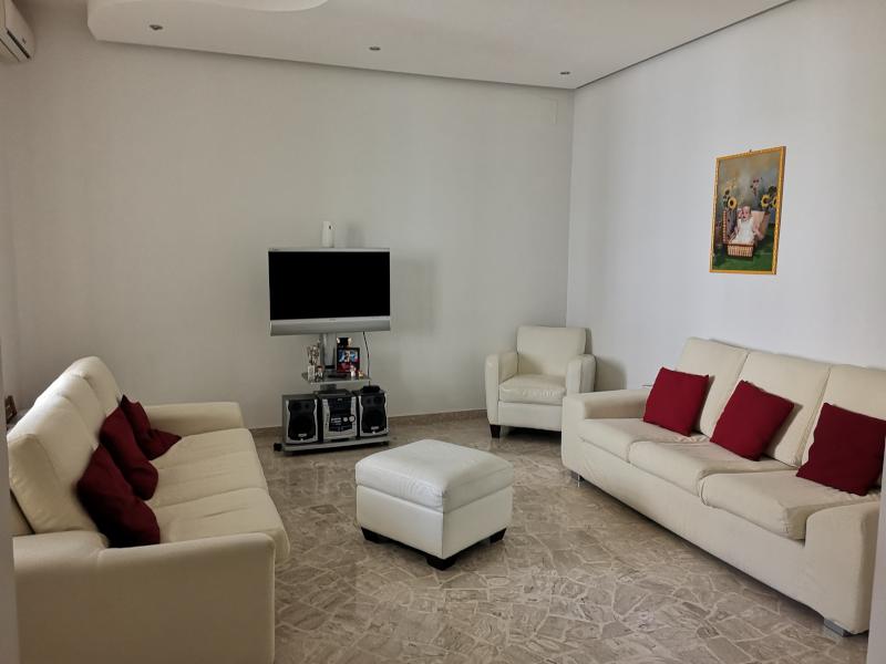 0000406 Lim-mobiliare-soggiorno1