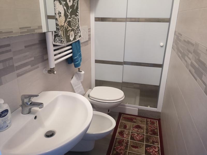 0000411 Lim-mobiliare-bagno