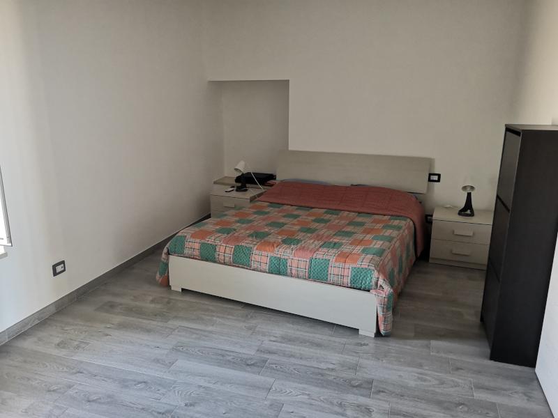 0000411 Lim-mobiliare-camera da letto