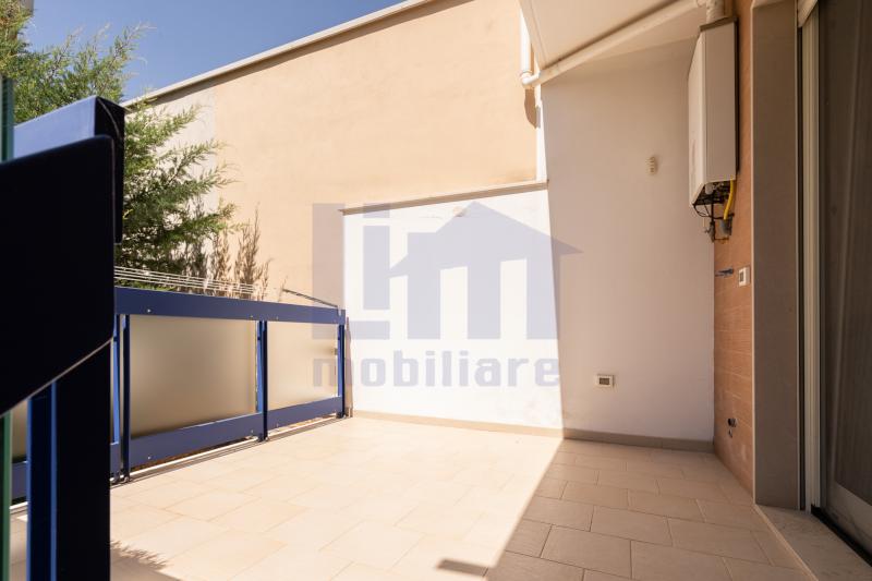 0000420 Lim-mobiliare-balcone