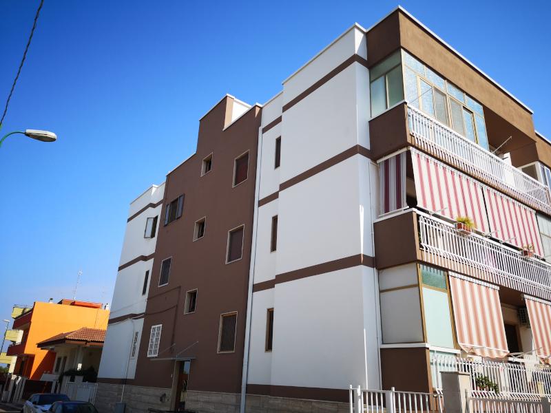 0000409 Lim-mobiliare-esterno
