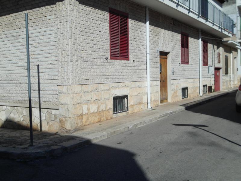 00014 Lim-mobiliare-esterno