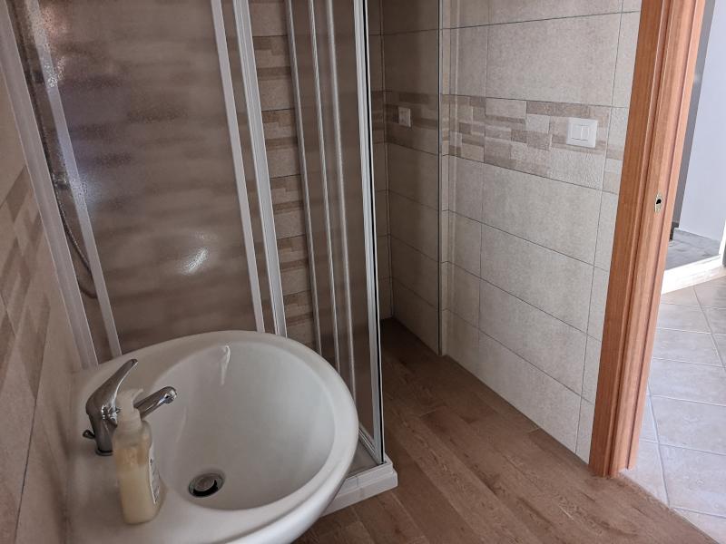 0000414 Lim-mobiliare-bagno