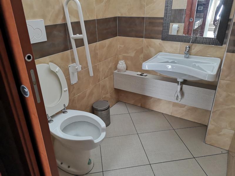 0000415 Lim-mobiliare-bagno